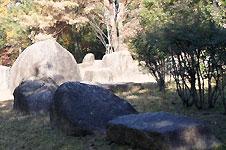 香久山水晶山緑地のロックガーデン