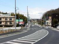 新しい岩崎橋の西