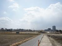 米野木駅へ抜ける道