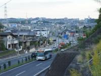 岩崎城北交差点の丘