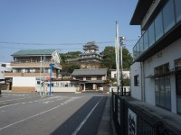 岩崎公民館からの岩崎城
