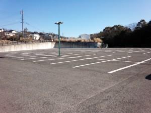 日進市民会館駐車場